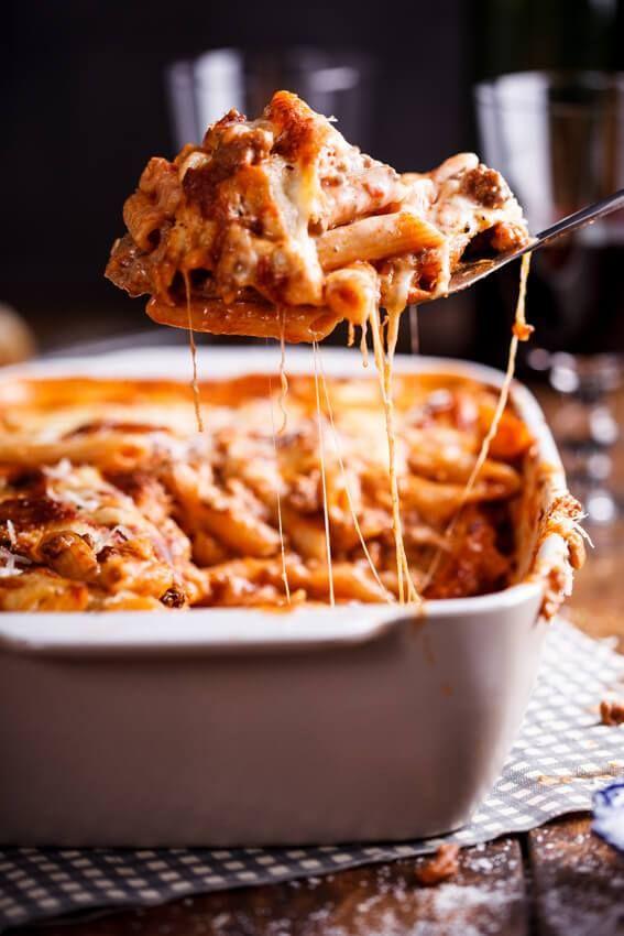 Bolognese pasta bake - Simply Delicious. Dinner   Lunch   Easy recipe   Make ahead recipe   Family friendly recipe   Spaghetti Bolognese  