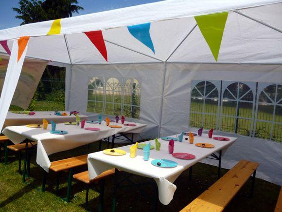 rainbow tentes pour la déco d'une rainbow party