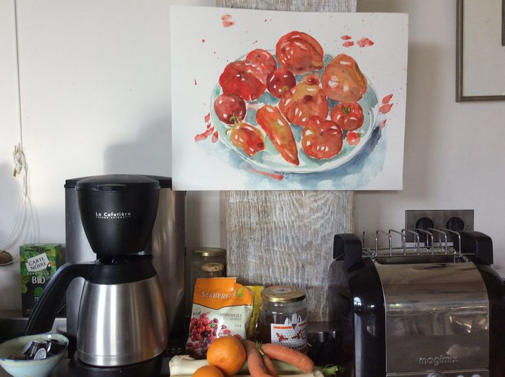 A plate of freshly picked tomatoes will brighten up any kitchen