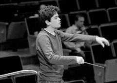 Series Name: 7 at 7:00 - Tel Aviv - Israel Philharmonic Orchestra  Moritz Eggert, premieres 'Pulse' in Tel Aviv