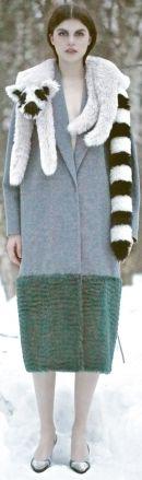 осенние и зимние шарфы-накидки из искусственного меха 2013-2014