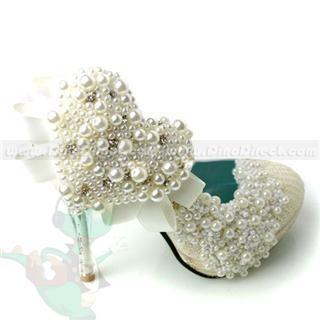 pearl studded heels! pearly pearls organic gem