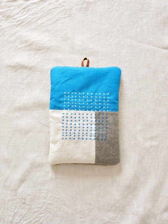 なべつかみ turquoise blue  - LINDEN