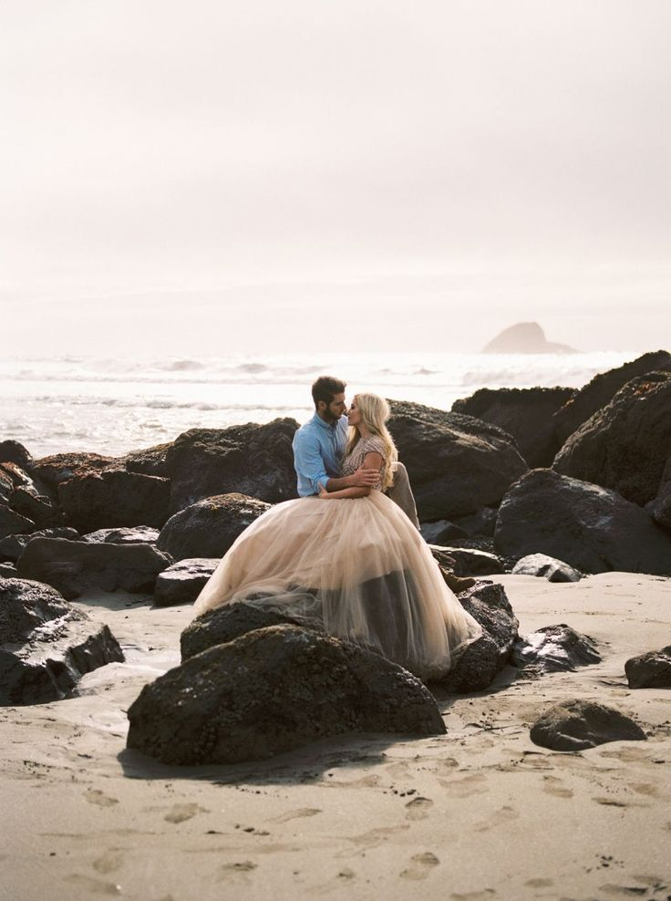 Magical engagement photos in the California Redwood Forests via Magnolia Rouge
