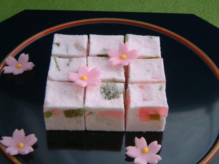 季子ごよみ(春)Spring cake  Oka-Saneido Marsue Japan - no recipe, idea only
