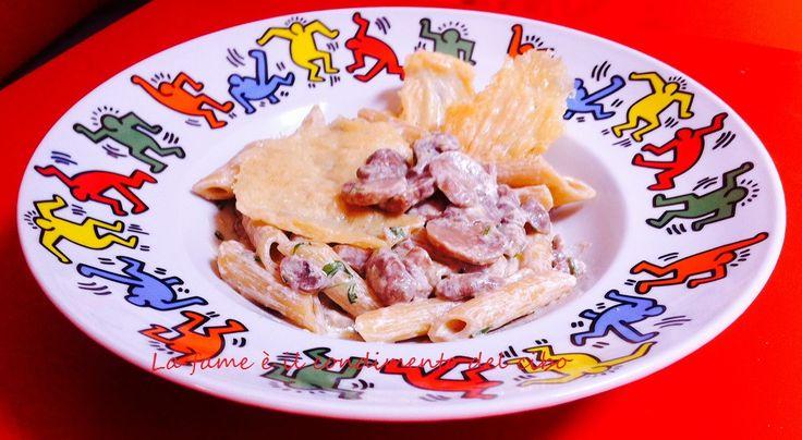 Un pranzetto gustoso, ma veloce e facile?Eccolo... #Penne ai #funghi con cialde di #parmigianoReggiano