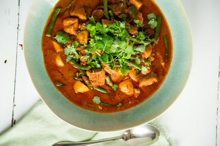 Quick South East Asian Chicken Curry