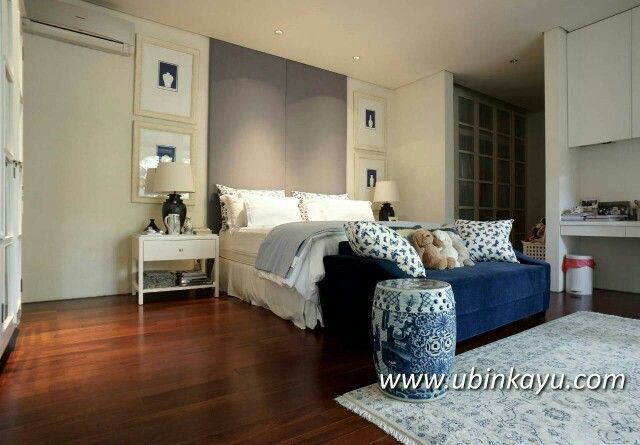 Another Beautiful bedroom interior by Endramukti Design. Solid Merbau flooring by Ubinkayu #flooringkayu #ubinkayu #flooringkayusurabaya #flooringkayubali #flooringkayujakarta #premiumwoodflooring #premiumquality #woodfloor #woodworking #concept #designinterior #bedroom #sleeptime #night #luxurylife #innovation #ina #architect #arsiteksurabaya #indonesian #wonderful #qotd #swag #like #tagstagramers #designer #entrepreneur #bisnis #lantaikayu