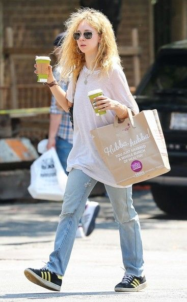 Juno Temple Photos: Juno Temple Shops for Groceries