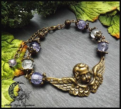 Bracelet Victorien grand connecteur central Ange en laiton bronze et perles de verres ° La voie des Anges ° *1* : Bracelet par atelier-bijoux-legendaires