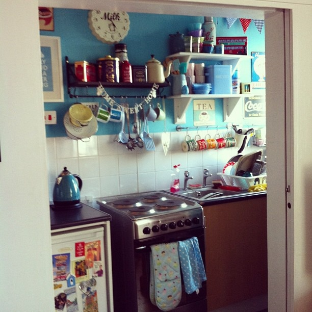 Messy Kitchen: 17 Best Images About Real Kitchens On Pinterest