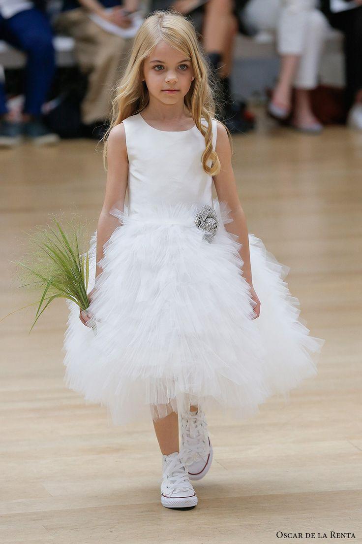 oscar de la renta spring 2018 bridal pretty flower girl dress (105) mv -- Oscar de la Renta Spring 2018 Wedding Dresses