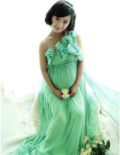 pregnant women evning dress
