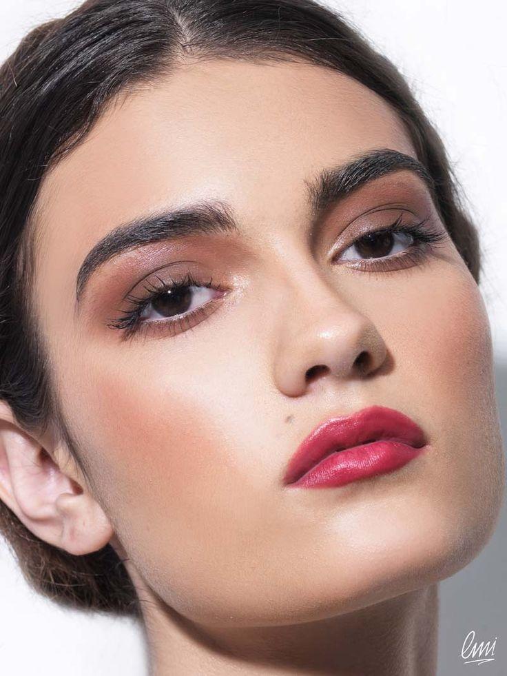 Beautiful makeup idea, no eyeliner needed!