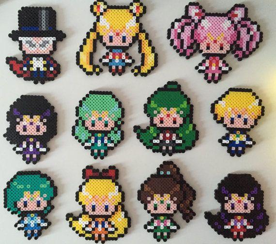 Matrose Pfadfinder: Sailor Moon/Chibi Moon Tuxedo von PixelPrecious