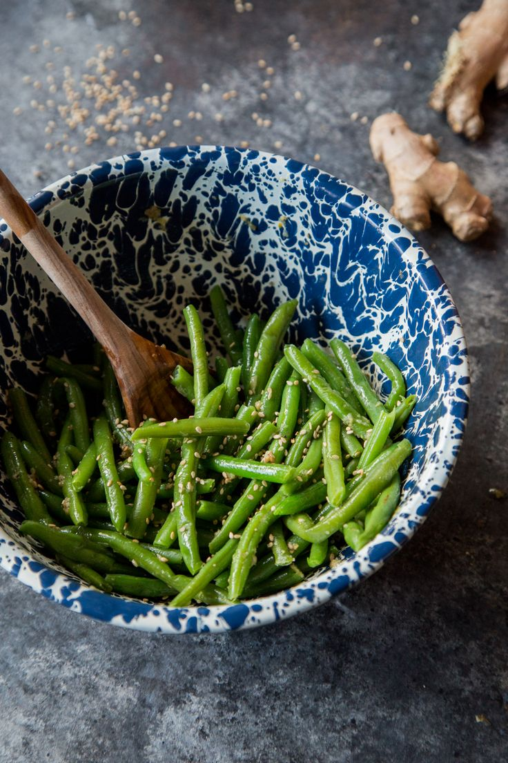 Sesame Ginger Garlic Green Beans from @countrycleaver