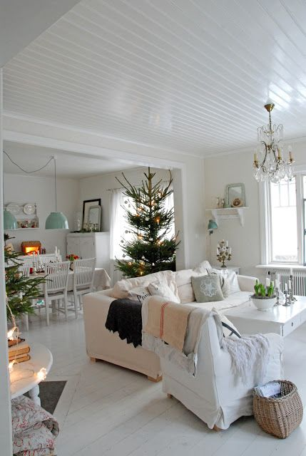Christmas Interiors 740 best christmas ~ dreaming of a white christmas! images on