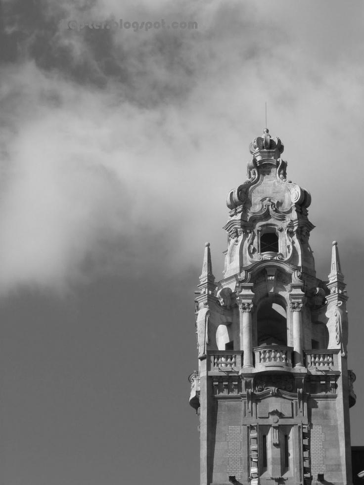 Kép-tér: A Klotild-paloták