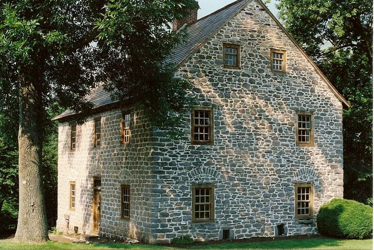 17 best images about stone houses on pinterest house for German colonial house