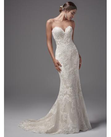 robe de mariage dentelle sirene col en coeur