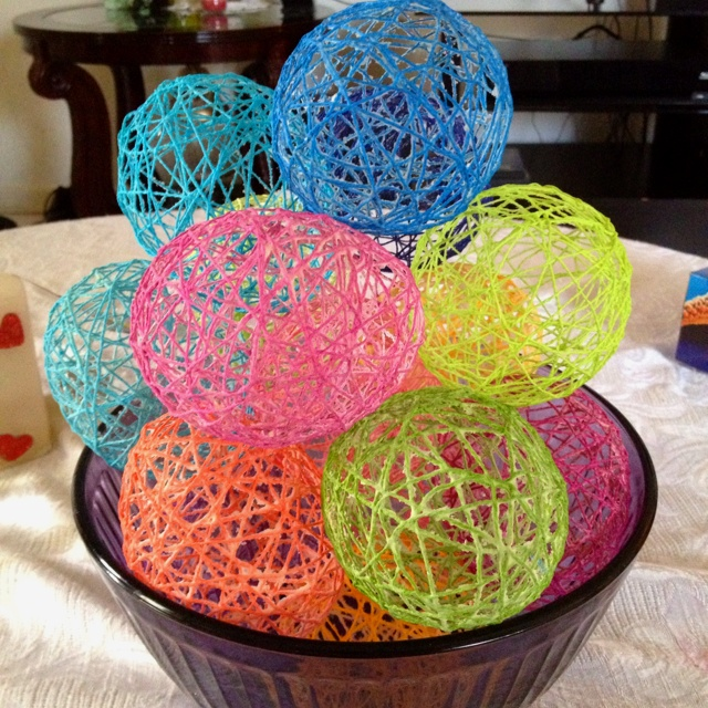 DIY Easter decorations :) I think I've already pinned on how to do these... Oh well :)