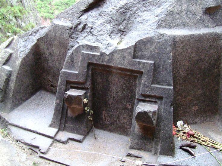 Sacred Valley II: Naupa Iglesia and Ollantaytambo - Hidden ...