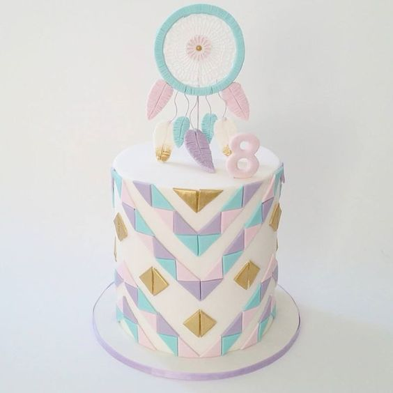 Dream catcher cake: