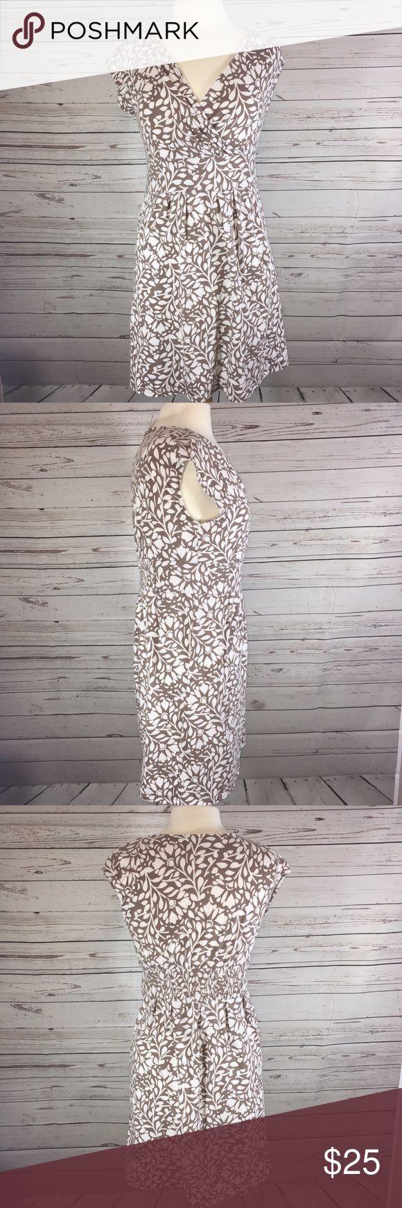 Women's loft dress small No flaws! Length 34 Armpit to Armpit 18 flat LOFT Dresses