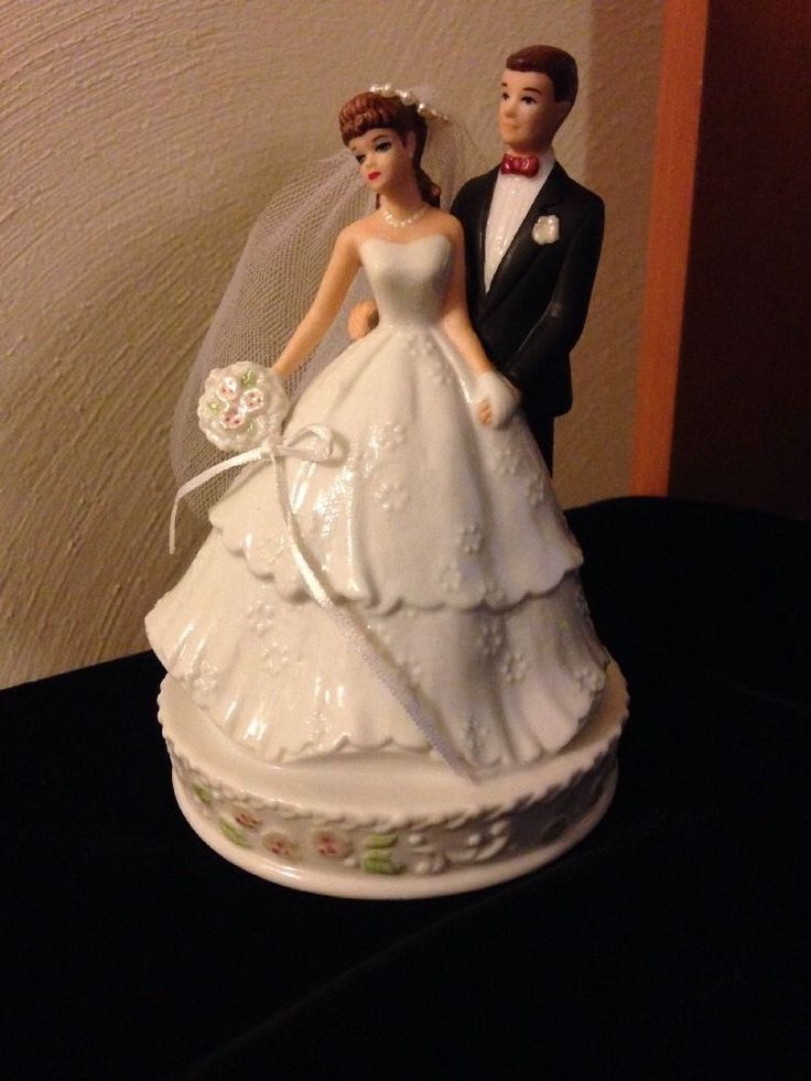 barbie wedding cake topper 12 best images about figurines on 11071