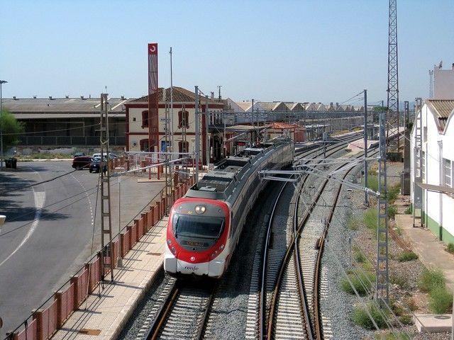 Pin En Estaciones De Tren