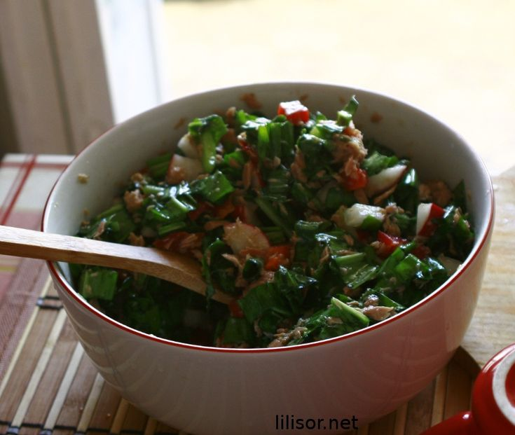 salata de leurda cu ton: Salad, Cu Ton, Foodies Goodies, Leurda Cu