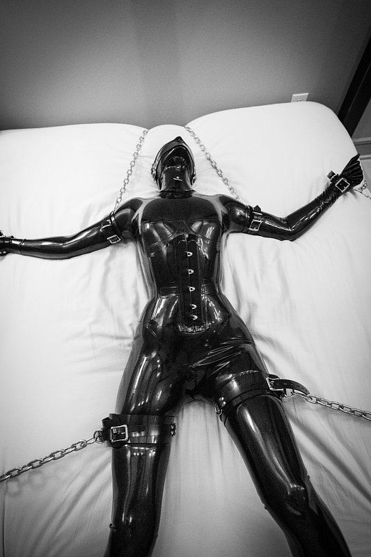 Rubberdoll chains slave girl diabolica amp punishes her bad - 1 5