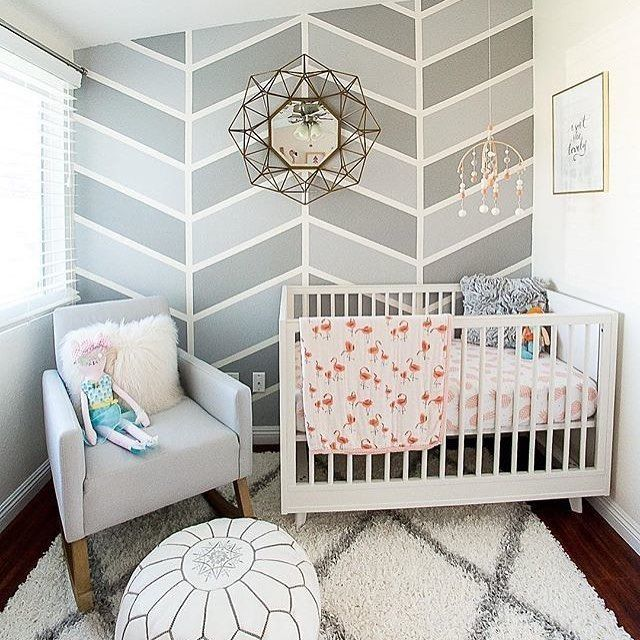 Herringbone! This nursery is chic, but love how it's so neutral with just a few girly accents. Design by @houseofhanesinteriors
