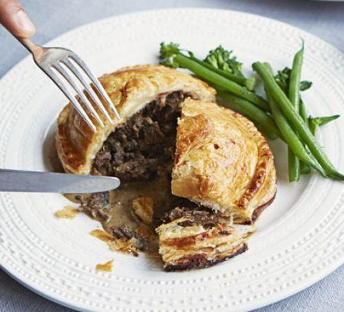 Braised ox cheek Wellingtons with peppercorn gravy