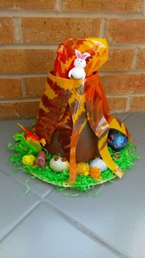 Dinosaur Easter bonnet for boys