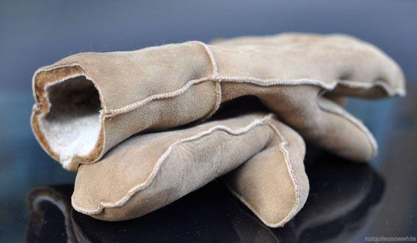 NotQuiteSnowWhite.com - my new gloves // winter luxury