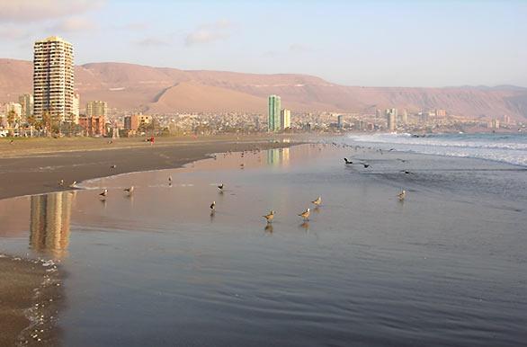 Beach in Iquique, Chile - http://bit.ly/5UjZgZ
