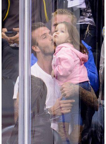 папаша наказал дочку в фото