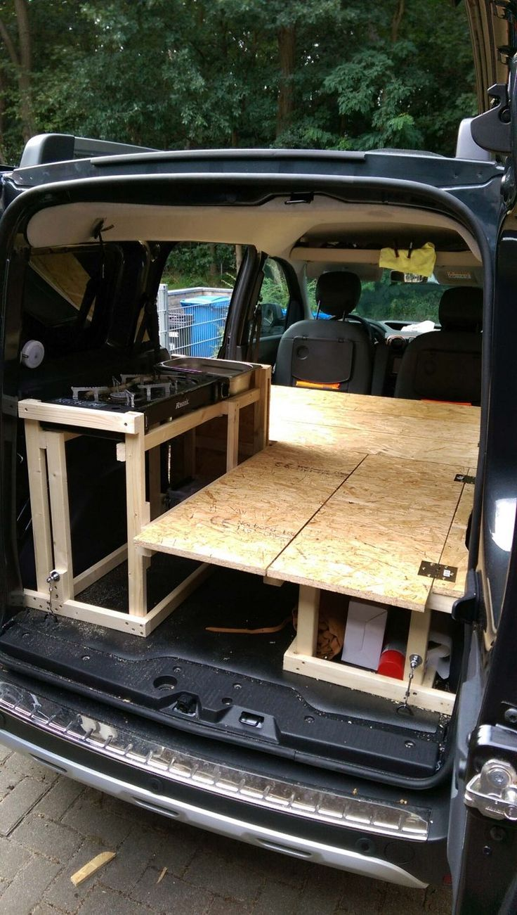 Campingausbau im Dacia Dokker • Machine-One