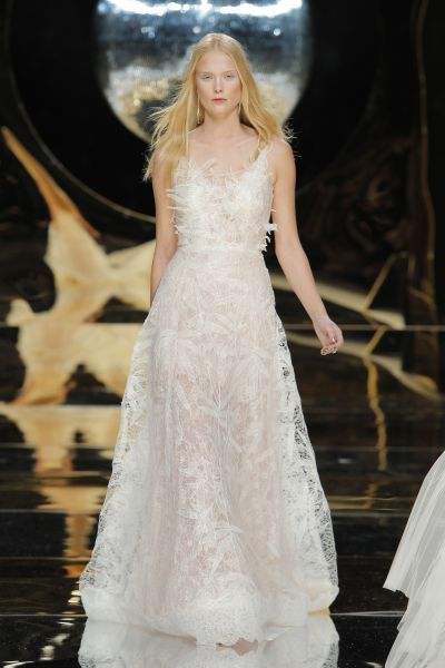 Vestidos de novia línea A 2017: 40 diseños para lucir una figura estilizada y entallada Image: 39