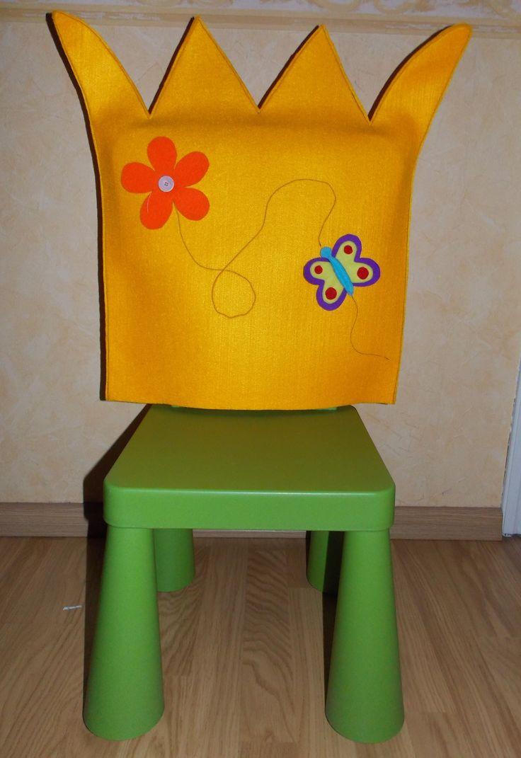 Een hoes voor de stoel van het Kindje van de dag