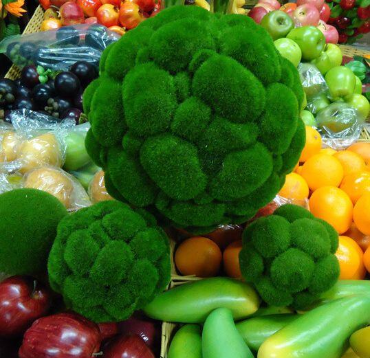 composizione fiori palla verde - Cerca con Google