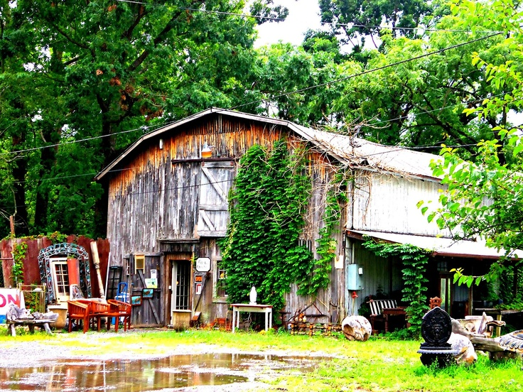 antique shop in a barn...lee hwy, troutville, va
