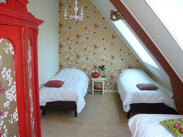 Slaapkamer van de groepsaccommodatie Bakkums Hoeve. Voor meer informatie: http://www.bakkumshoeve.nl