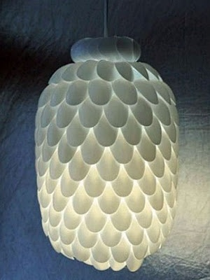 Plastic spoon chandelier: Plastic Bottle, Water Bottle, Crafts Ideas, Lights Fixtures, Plasticspoon, Diy Lights, Spoonlamp, Diy Projects, Plastic Spoons Lamps