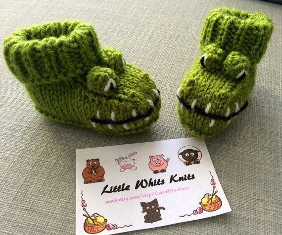 Hey, I found this really awesome Etsy listing at https://www.etsy.com/listing/261933017/crocodile-knitted-baby-booties-alligator