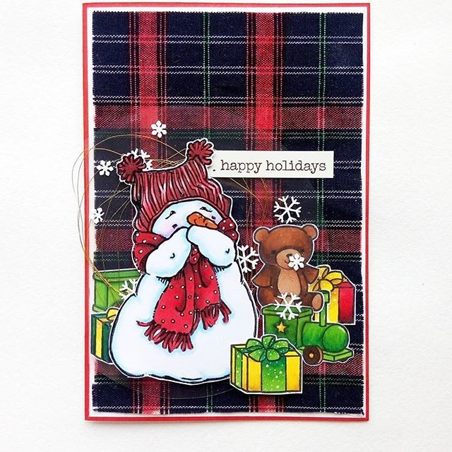 @olesya_kharkova I'm captivated with Christmas cards. 💖 And Mo Manning digital stamps. The fabric at the background as well as all the images are colored with @chameleonpens . The presents are by @lawnfawn Pa-rum-pa-pum-pum set. What a funny name :) -----------------------❄⛄🎄------------------------- Я утопла в новогодних открытках. Еще меня захватили цифровые штампы Мо Мэннинг. Я в восторге.  #christmascard #momanningstamps #momanning #chameleonpens #coloringstamps #cardmaking #card…