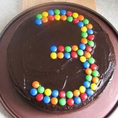 Ideas para decorar una tarta de cumpleaños con lacasitos - Bizcochos y Tartas - Recetas - Página 6 - Charhadas.com