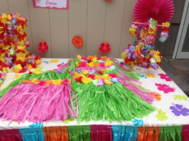 Grass skirts at a Luau Party #luau #party