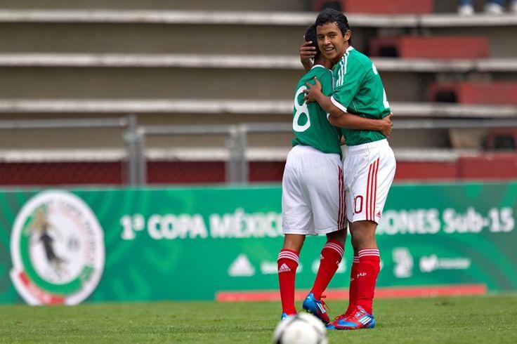 Inicia con el pie derecho la selección mexicana de fútbol - http://notimundo.com.mx/deportes/inicia-con-el-pie-derecho-la-seleccion-mexicana-de-futbol/27285